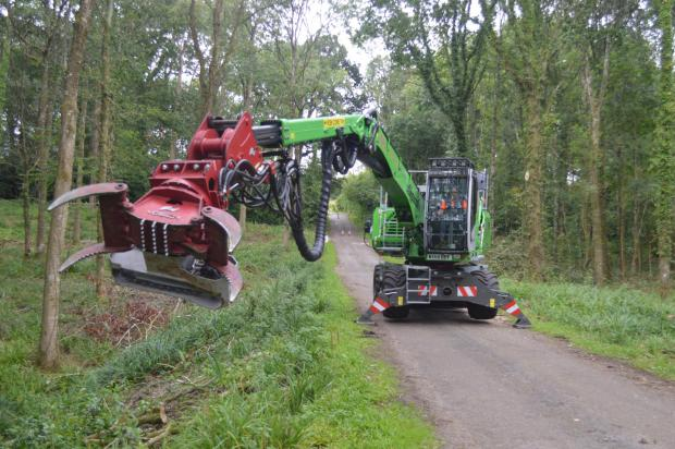 Forestry Journal: The Sennebogen machine can hold a one-tonne weight at full reach.