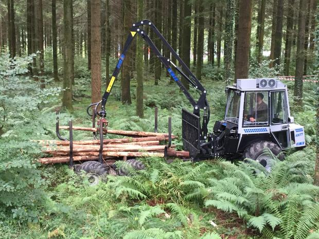 Forestry Journal: A Vimek 606TT at work in the forest.