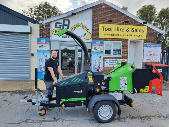 GA Plant technician Sam Hoye with the firm's new GreenMech EVO 165P SUB-750.