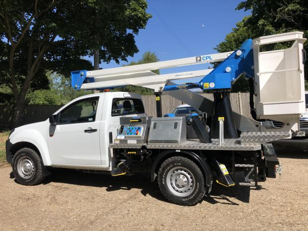 Forestry Journal: Fitted with a Palfinger P130 MEWP, the Isuzu D-Max has an impressive 2.25 m headroom in transport position.