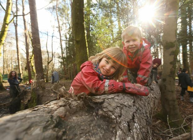 Forestry Journal: Care inspectorate My World Outdoors resource launch at the Woodland Outdoor Kindergarten in Pollok Country park, Glasgow. Pictured are Ruben Millard age 3, left and Oliver Mason age 4...   Photograph by Colin Mearns.9 MARCH 2016.